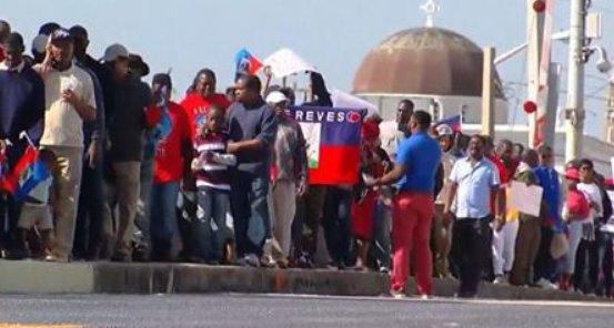 South Florida Haitians protest Trump over vulgar comment