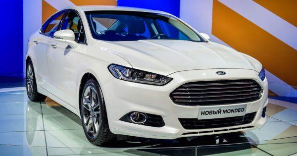 Ford invertirá 11.000 millones de dólares para lanzar 40 coches eléctricos en 2022 https://t.co/vddBU3AeDS https://t.co/yAOtSsBVhE