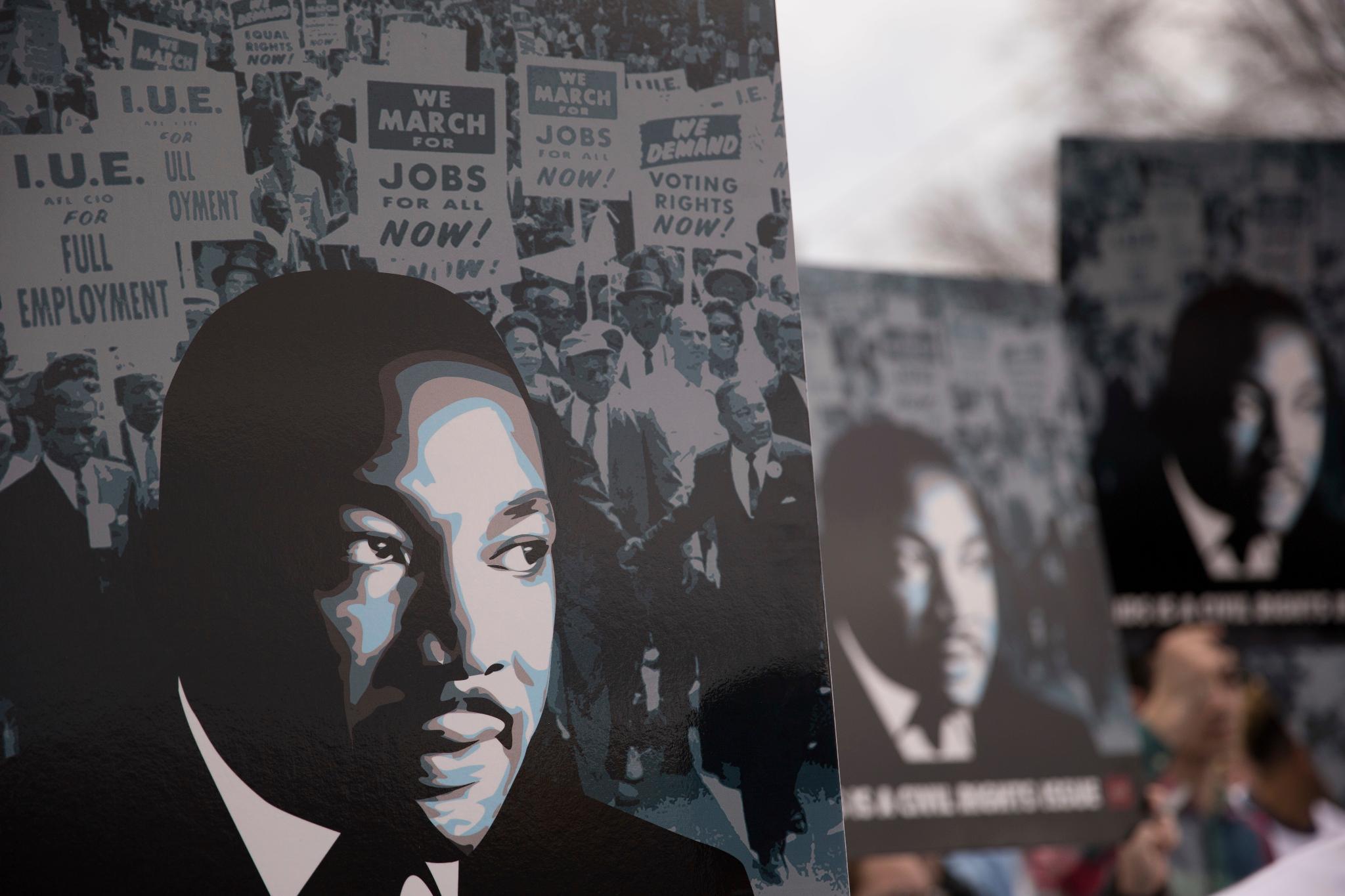 Cowboys players pay tribute to Dr. Martin Luther King Jr. #MLK50  ��: https://t.co/Ll7QATgIyO https://t.co/Qk9OvS2T1G