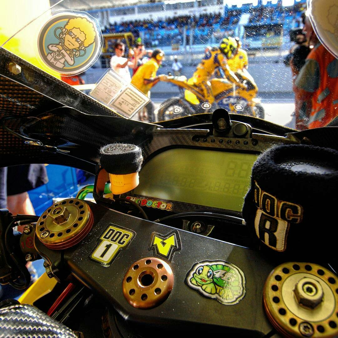 test Twitter Media - Valentino Rossi nel 2006 Memories 📸 🙏 😜 https://t.co/JzW734UGLP
