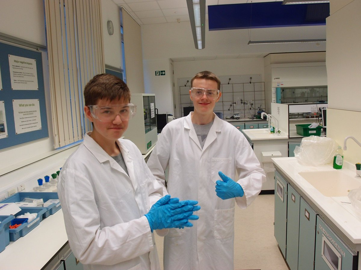 test Twitter Media - Year 10 at the Chemistry Schools meeting at Bristol University https://t.co/x1quQrpg1D