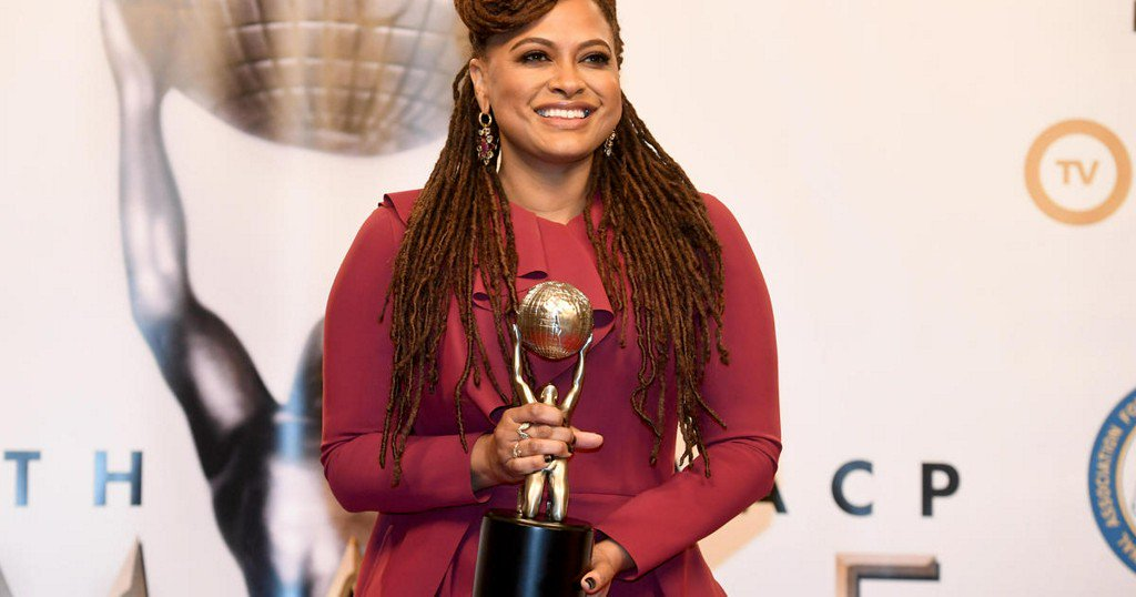 Empowerment, politics take center stage at NAACP Image Awards