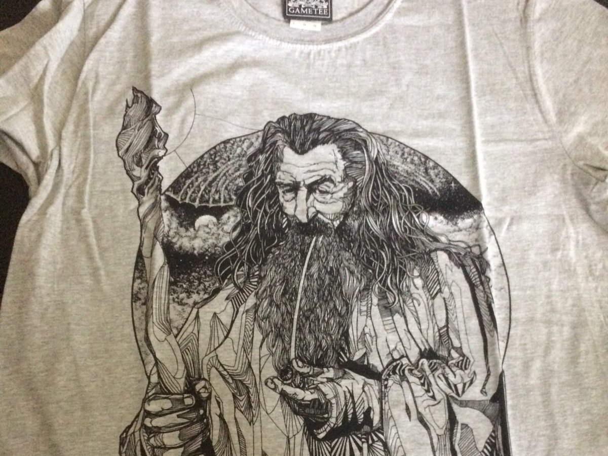 Love my new Gandalf T-shirt from @GameTeeUK https://t.co/SMTwg3bnk8