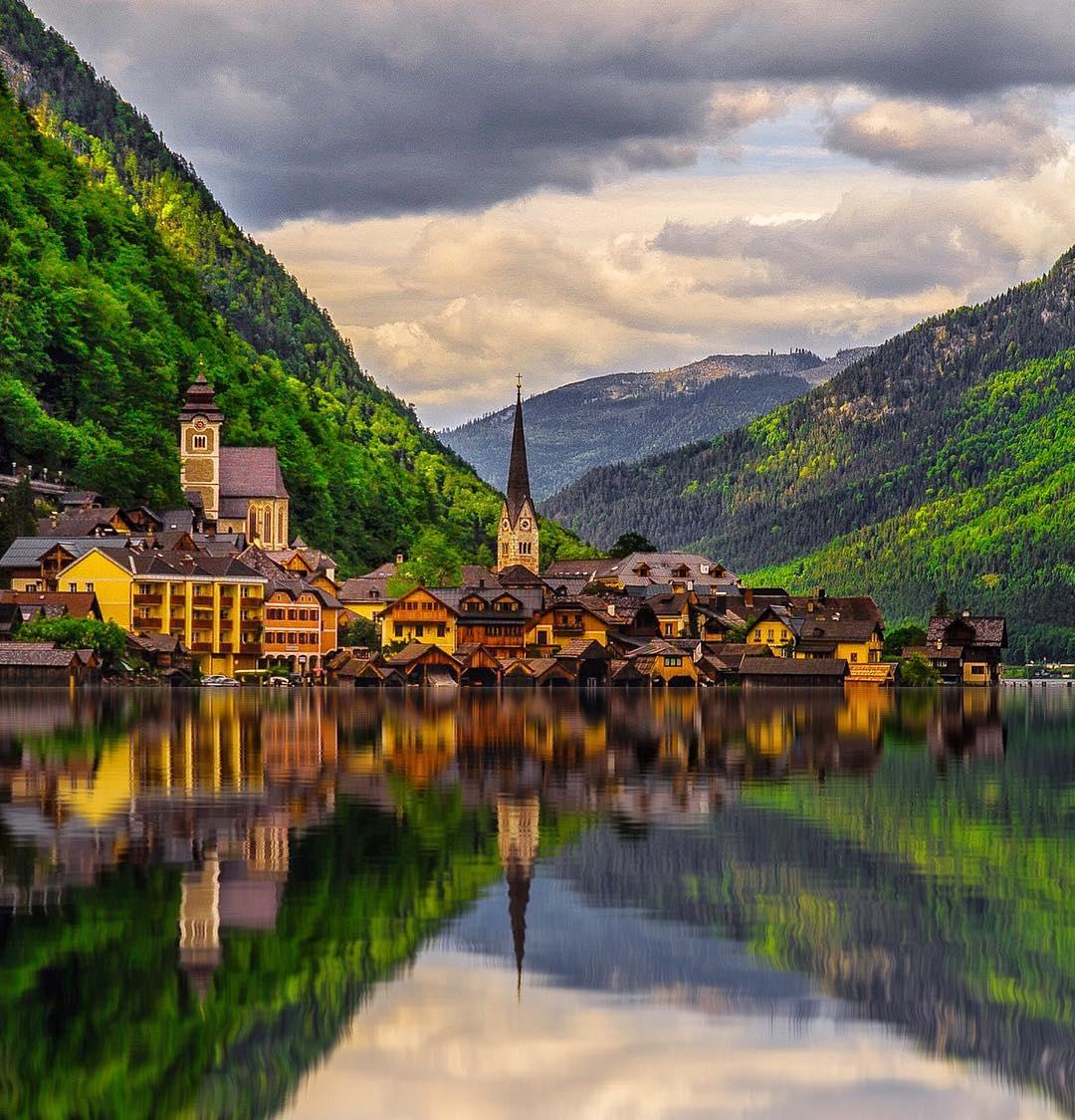 test Twitter Media - RT @_ahsanR: Awesome Hallstatt, Austria #photo Kardinalmelon https://t.co/gR6KQ6gHEb