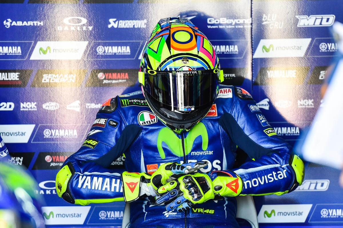 test Twitter Media - Rossi nominated for comeback of the year  Italian faces some tough rivals for the Laureus honour - including Roger Federer, FC Barcelona and Justin Gatlin  #MotoGP | 📰 https://t.co/xu1Y5y3kay https://t.co/oljfmKuKdd