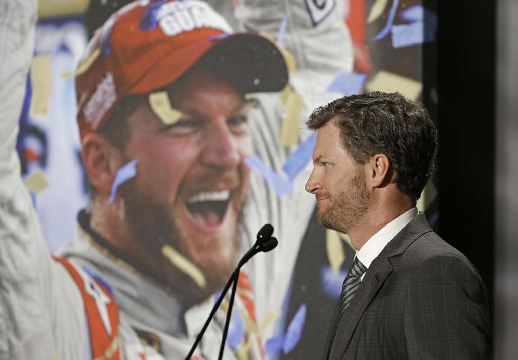 Earnhardt Jr. to help NBC Sports at Super Bowl, Olympics