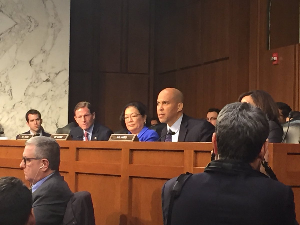 """RT @LeandraB_sbg: Cory Booker: """"Your silence and amnesia is complicit."""" https://t.co/DAjuLNJDxa"""