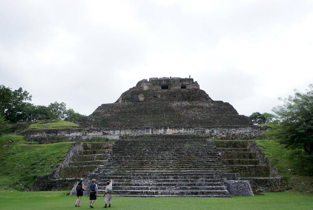 test Twitter Media - Belize Adventure: Xunantunich and Cahal Pech Maya Ruins Tour https://t.co/RiqVoJuF0x @WanderlustAnita https://t.co/CR6W7jWCzq