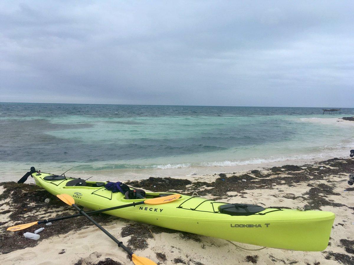 test Twitter Media - Sea kayaking in Belize. https://t.co/kkyIdCXLP0