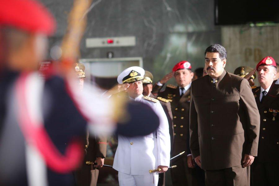 Presidente @NicolasMaduro: 'La Guardia Nacional Bolivariana es la campeona de la paz, del orden interno' https://t.co/9eIyhHqnex