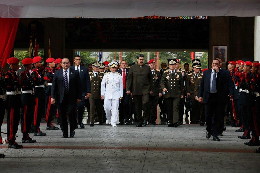 """Presidente @NicolasMaduro: """"La Fuerza Armada Nacional Bolivariana es una fuerza consciente"""" https://t.co/1cvd8t4c13"""