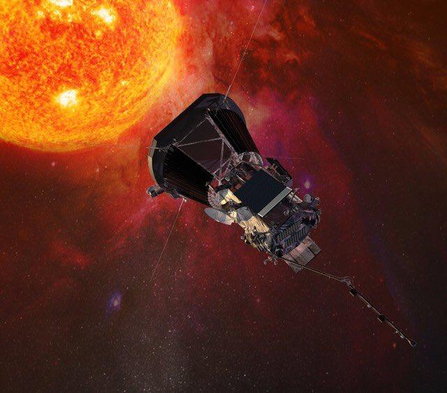 パーカー・ソーラー・プローブのここが凄い ・DeltaⅣ-Hで打ち上げる ・金星を7回もフライバイしちゃう ・近日点は10太陽直径以内(最高記録) ・最高速度200km/s(最高記録) ・高熱に耐えうる太陽電池搭載 https://t.co/z7pQVfFQcT