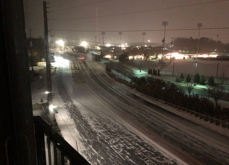Winter Weather Slows Traffic On Metro Atlanta Roads Average S Ds On Local Highways Are  Mph In Many Places And Below 30 Mph In Others