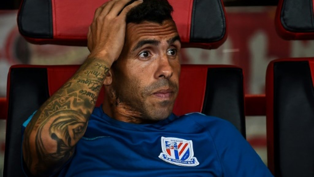 Chinese fans round on 'rat' Tevez after holiday barb