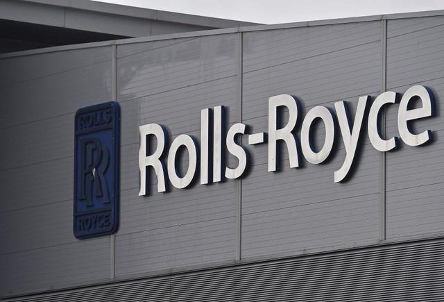 Rolls-Royce shares jump as commercial marine business goes on block https://t.co/OIW8sM23mj https://t.co/R2sxQbh2xs