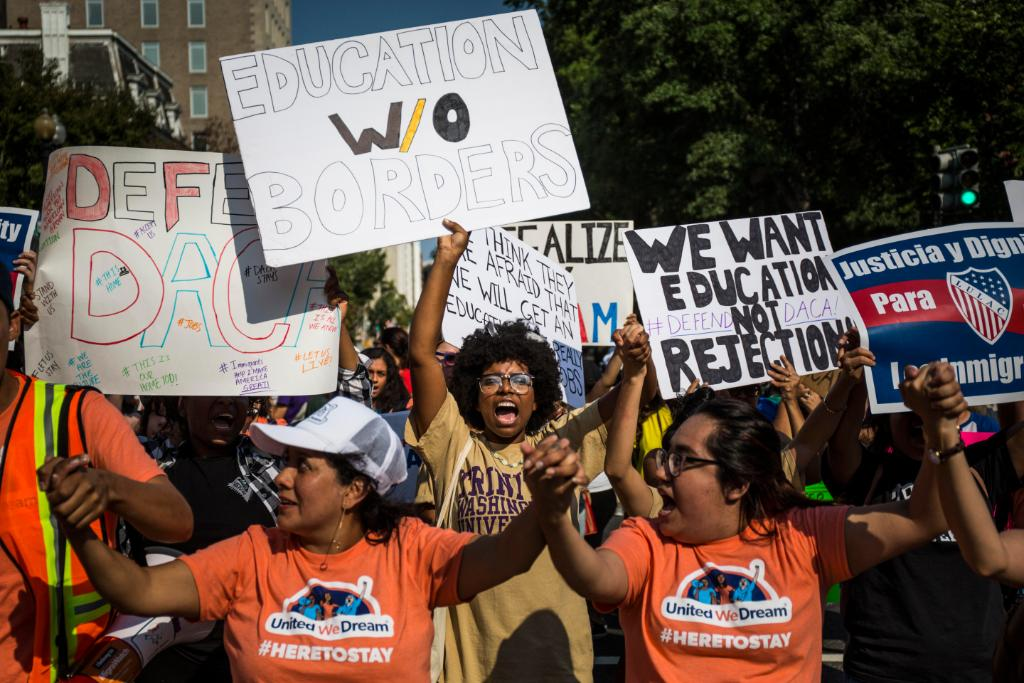 What you need to know about DACA and why the tech community is involved https://t.co/tjCPCtYbw6 https://t.co/MvEGXwBkuz