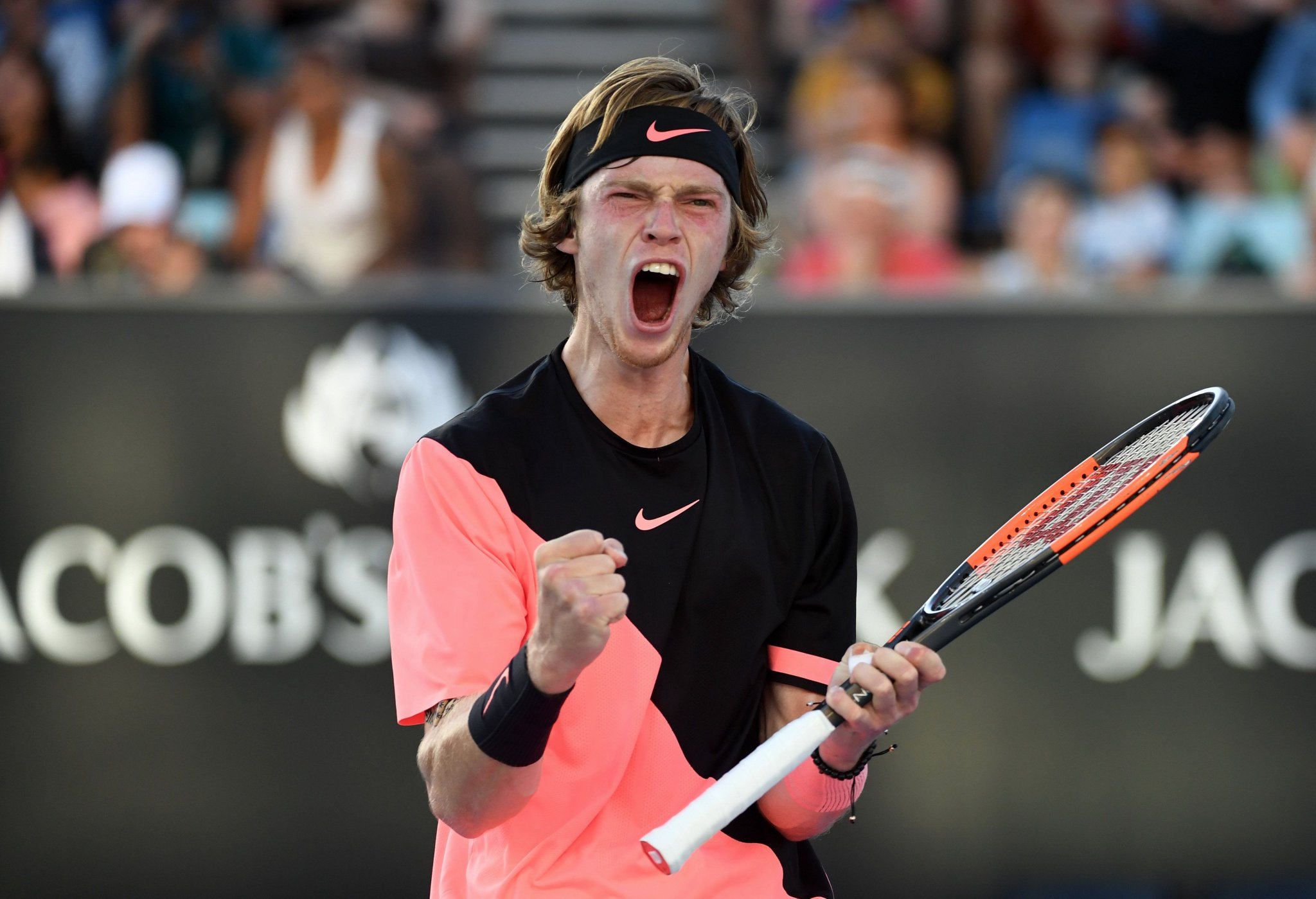 �� clash incoming...  Rublev tops Baghdatis to set #AusOpen 3R meeting with Dimitrov ➡️ https://t.co/1yWqUIhFWY https://t.co/7KZRXLICcJ