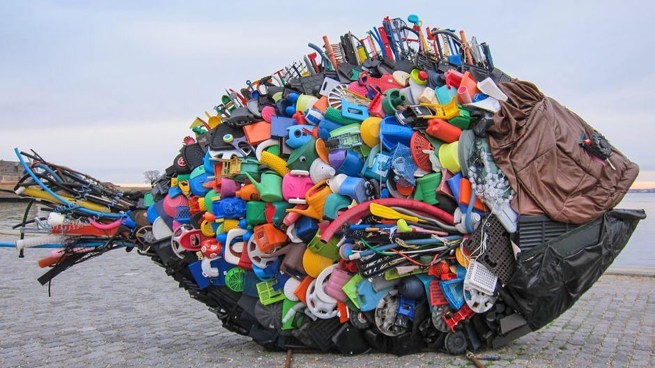 test Twitter Media - #EUvesti: Plastika je fantastika? I ne baš.  Zato je pre 2 dana usvojena prva evropska strategija o upotrebi plastike koja bi trebalo da zaštiti životnu sredinu od zagađenja ovim teško razgradljivim otpadom #PlasticsStrategy 👇 https://t.co/E1BVMuIsdf https://t.co/DQC2LvXzIa