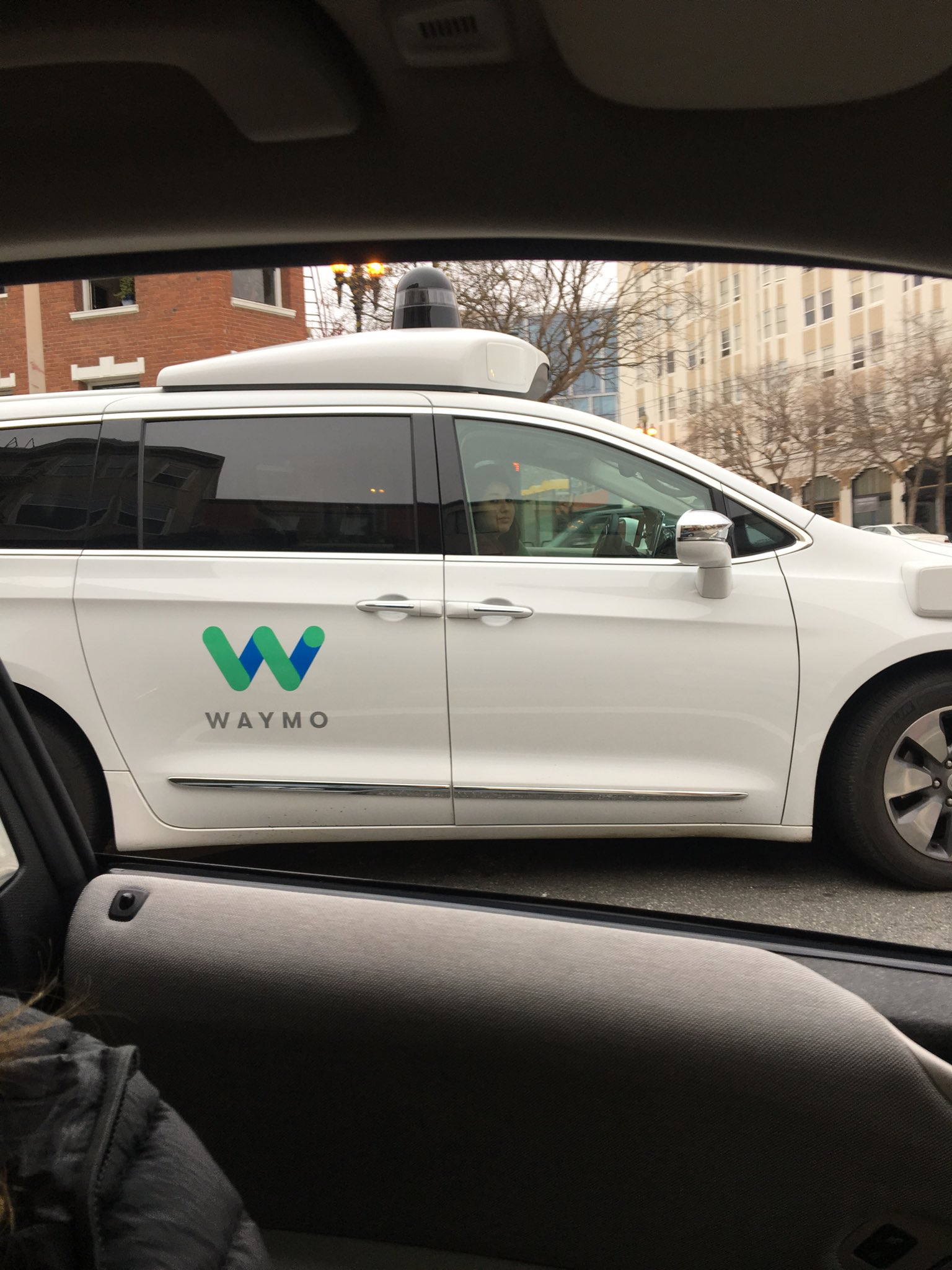 Google Waymo self driving car spotted on Market Street in San Francisco.  They're making their way up the peninsula. https://t.co/nIrRpIBzkH