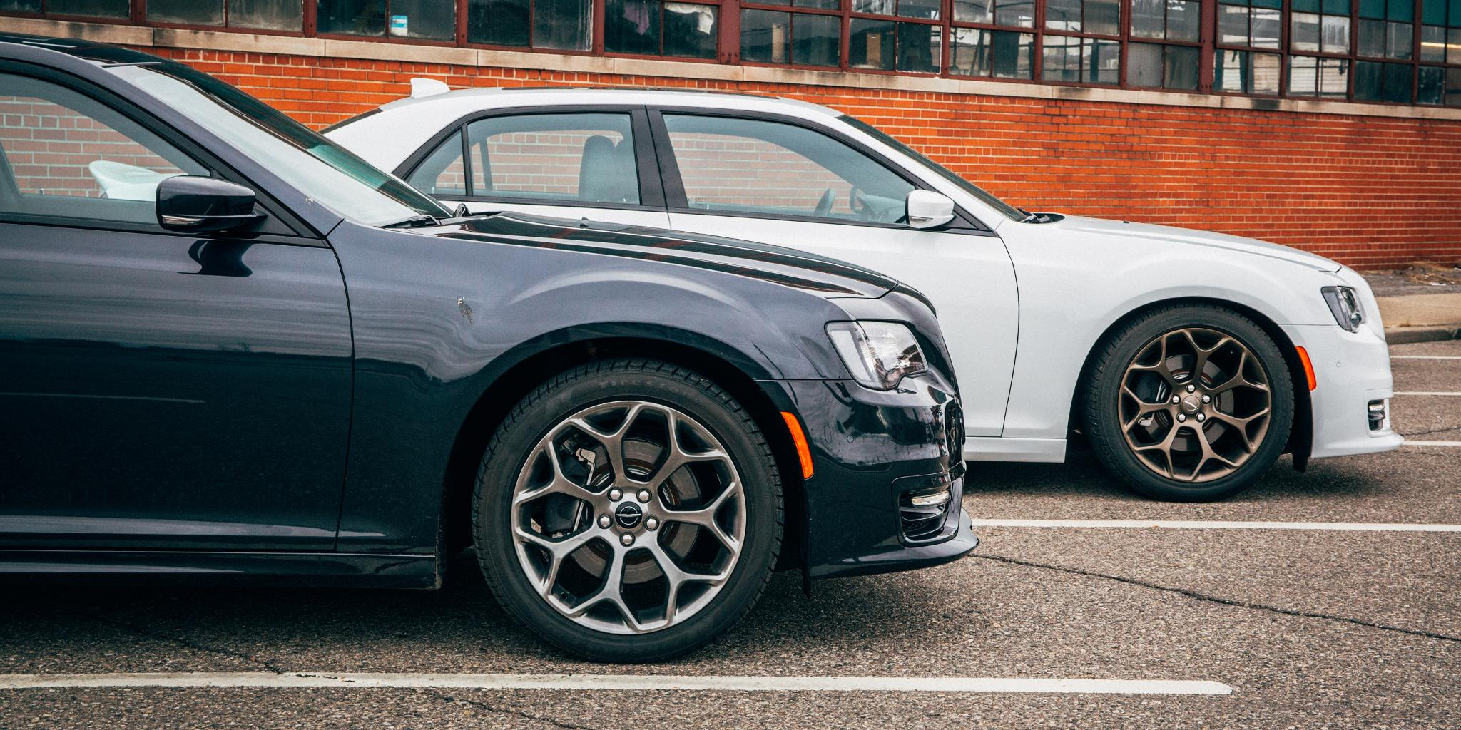 A cut above the rest. #Chrysler300 #wheelwednesday https://t.co/xpBD9dKt5P