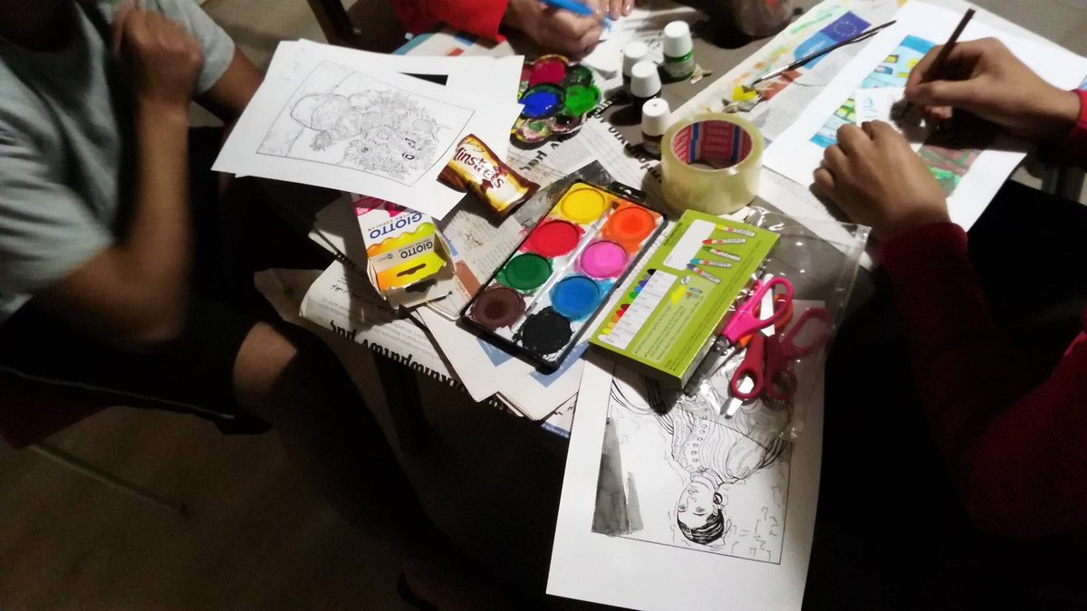 test Twitter Media - Introducing young refugees in Athens to the work and style of #VincentVanGogh through our engaging painting workshop!  #time2Bwelcome #erasmusplus https://t.co/XejwrWJvVw