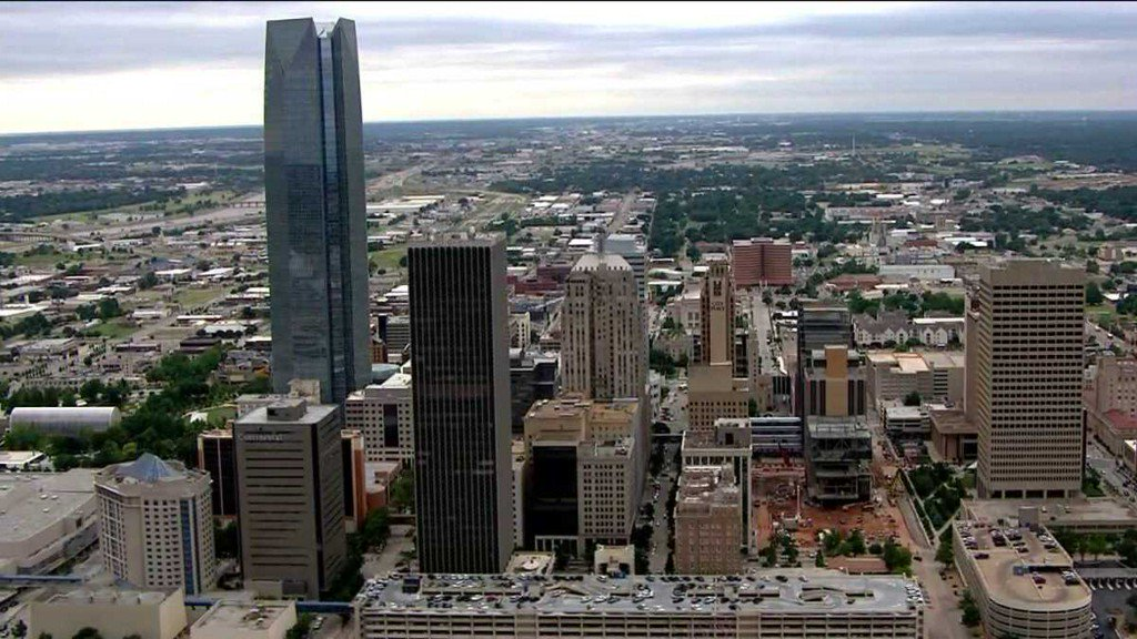 Lakers commentator creates stir on social media after tweet about downtown OklahomaCity