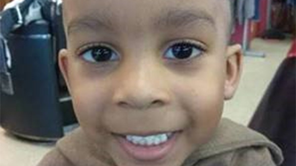 test Twitter Media - ATF, KCPD offer $10,000 reward for information in 2017 murder of 3-year-old https://t.co/lLbHAalNAI https://t.co/epC3oZP4Zi