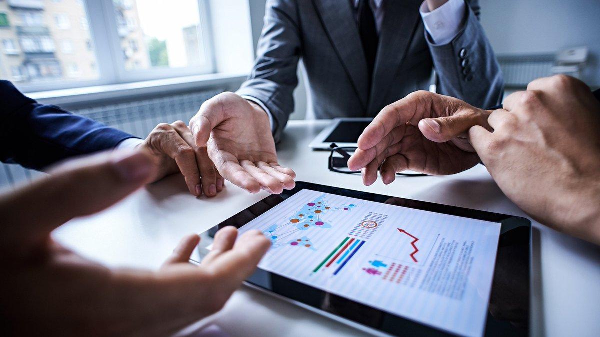 Management consultants split on how to make digital add up https://t.co/vaxCIsHaaU https://t.co/zTNPAOAUeq
