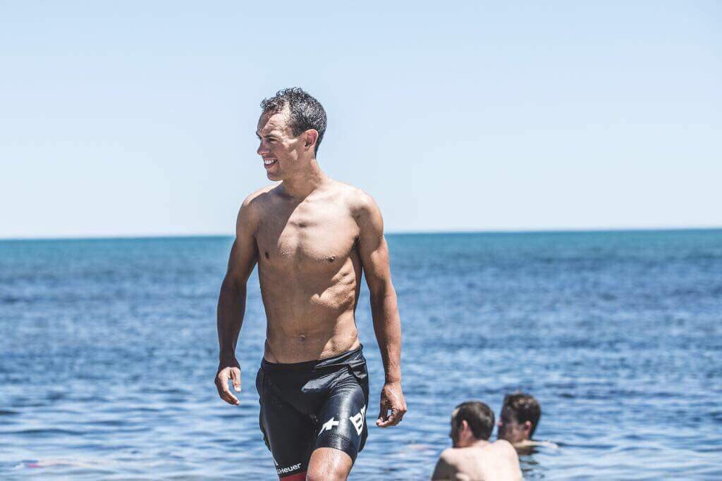 Nice way to finish such a hot day here @tourdownunder! Was the most enjoyable thing about our trip to Victor Harbour #stinker 🔥🏊♂️📷 @ChrisAuldPhoto https://t.co/f55i20NeoV