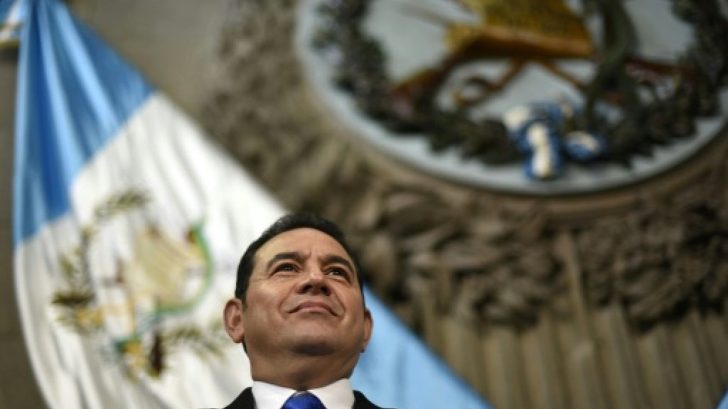 Guatemala sets stage for referendum over Belize border