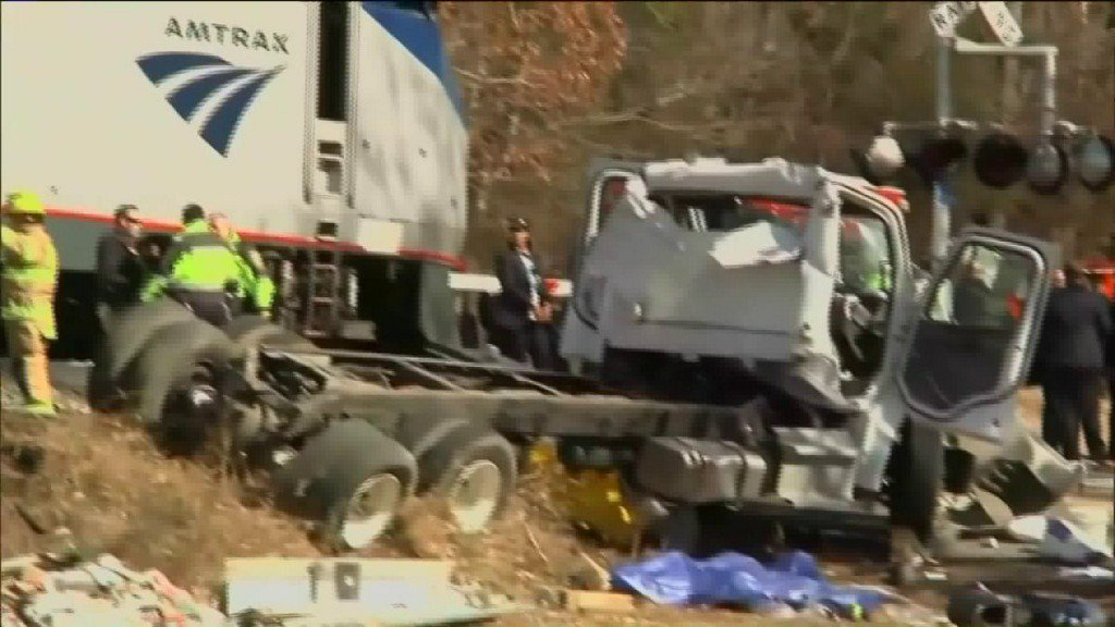 Train carrying members of Congress, including House Speaker Paul Ryan, hits a truck