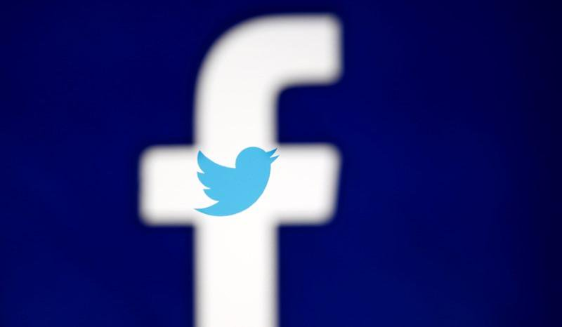 Democrats press Facebook, Twitter again to probe Russia links to Republican memo