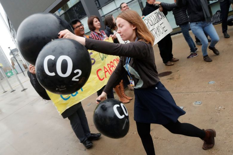 Carbon dioxide removal 'no silver bullet' to fighting climate change, scientists say