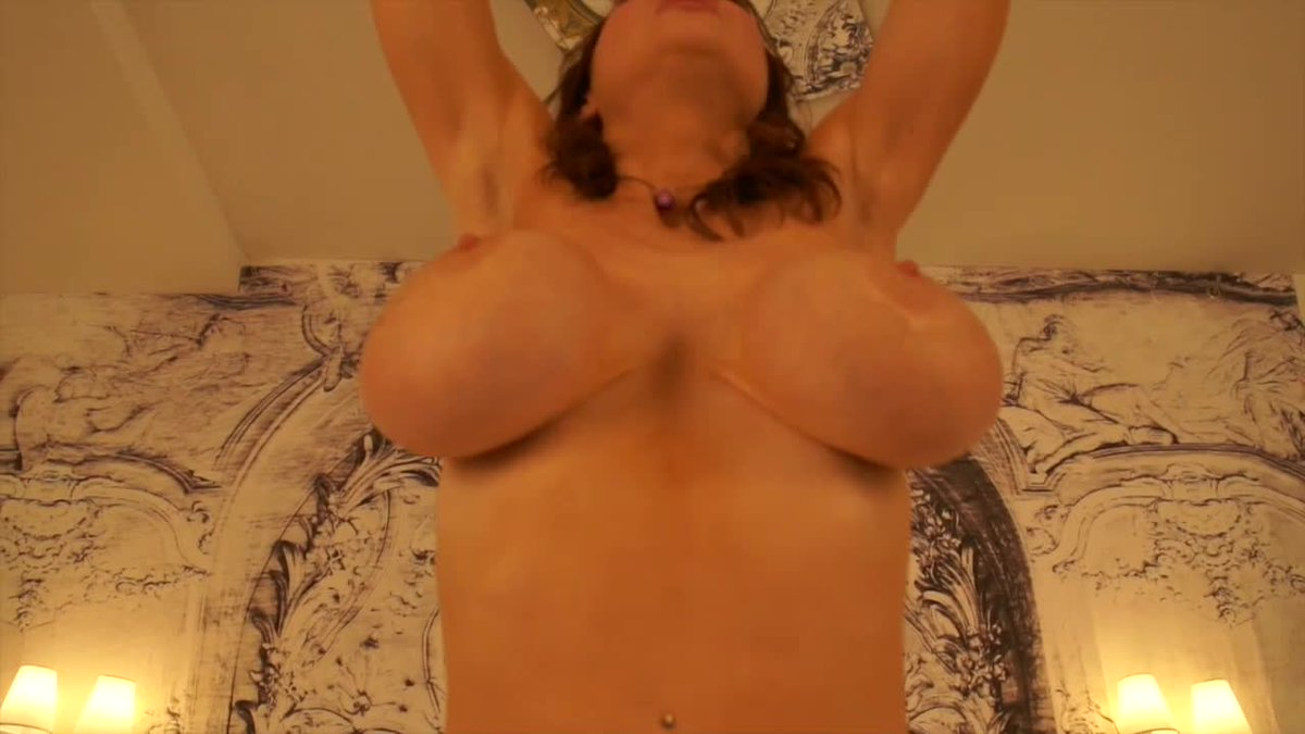 New sale! My vids are lit! POV Squirting on Your Dick. Get yours here 33zmoJ3R8R