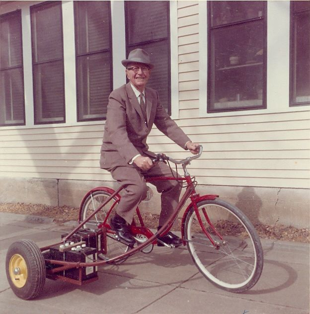 test Twitter Media - Who knows the name of this Southeast Kansas innovator? Hint: He was from Galesburg. 😉 A story about him, his inventions and a couple of exciting local events/exhibits is coming in our spring issue! https://t.co/GntbzJeKzH