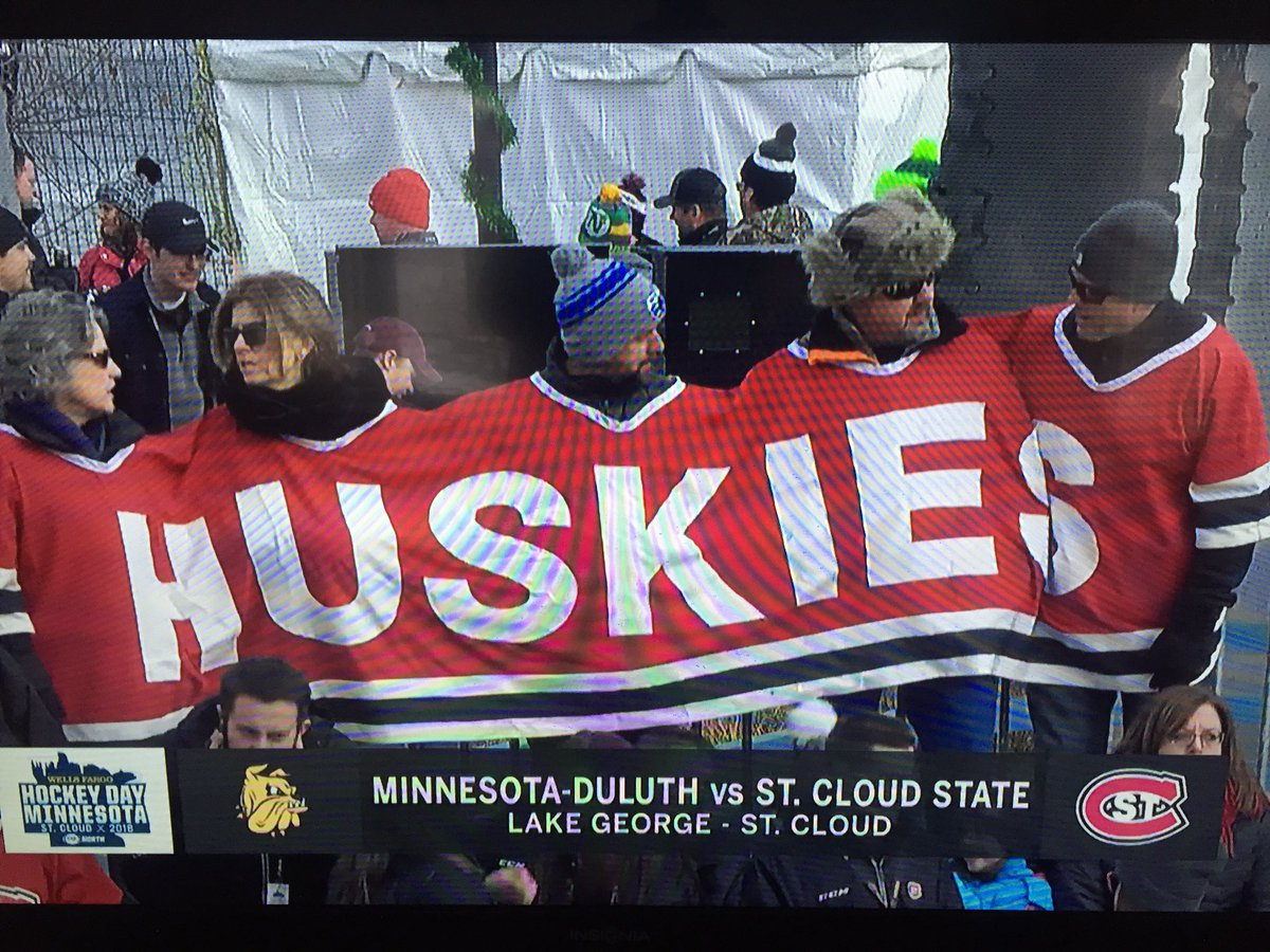@PhilHecken these fans are bringing a whole new meaning to custom jersey(s). #HDM2018 https://t.co/uLJ03AvRi5