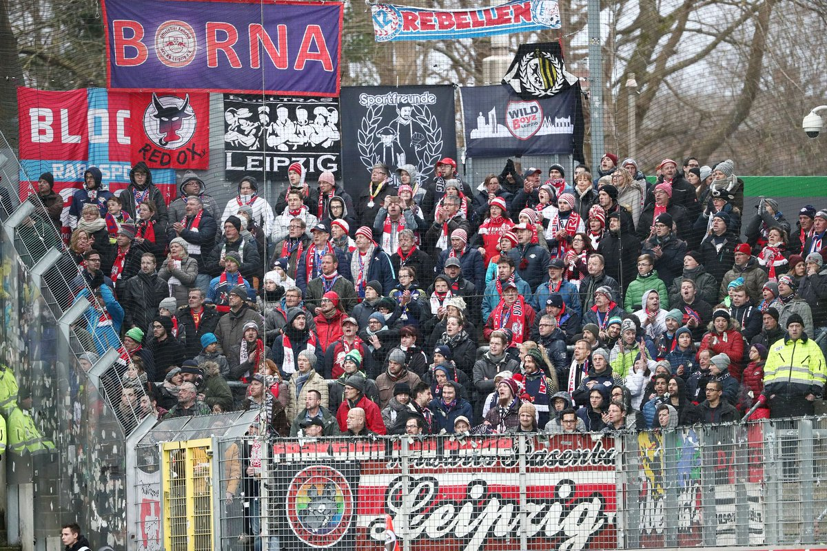 Thank you so much to the 670 #DieRotenBullen fans who travelled to support the team today 👏  Have a safe trip back home 🚗🚆🚌 #SCFRBL https://t.co/srDnu2hVd1