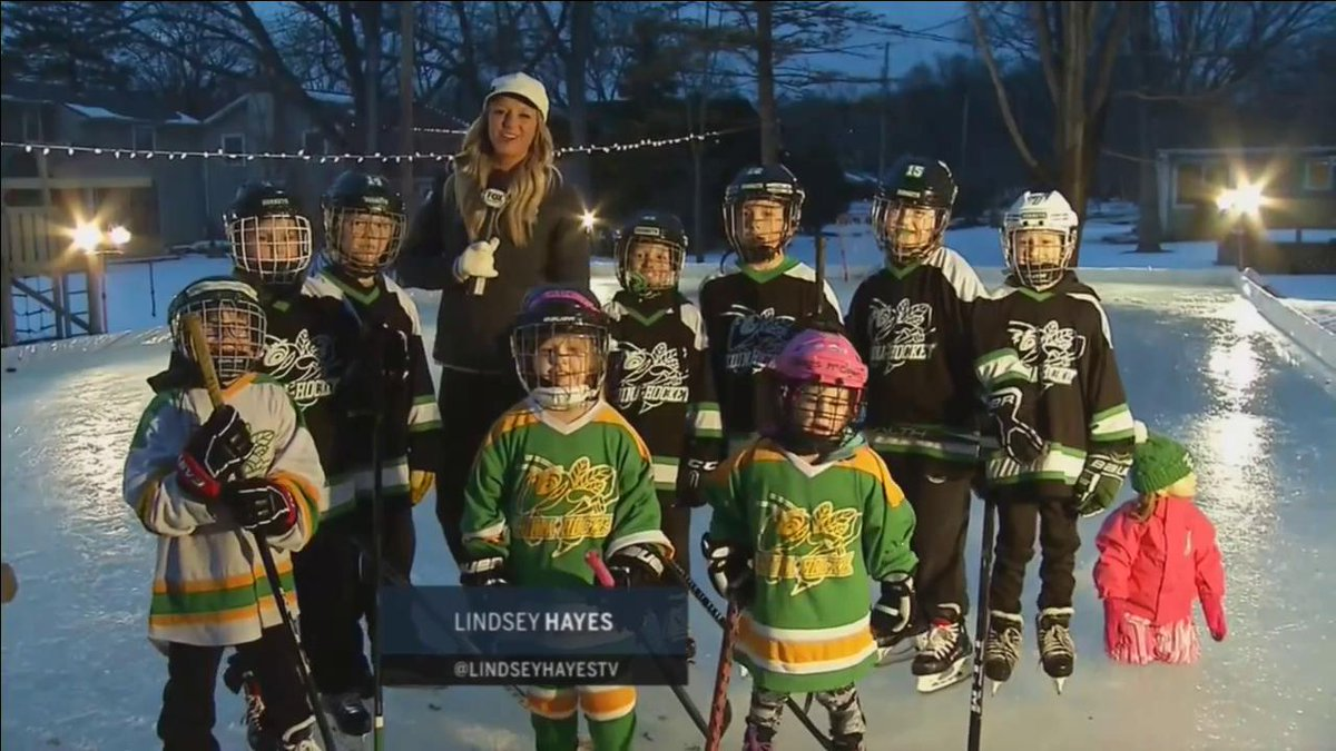 RT @fsnorth: Hockey fans from all across the state have been celebrating #HDM2018 including these fans in Edina! https://t.co/kX9c2dytrW