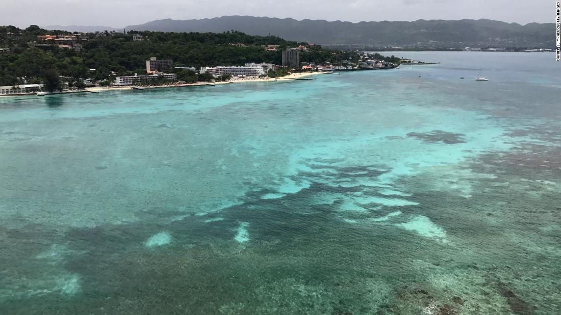 British and Canadian authorities warn tourists after violent crime in Jamaica's Montego Bay https://t.co/BvKsZ8jojc https://t.co/bUaB8ELbM3