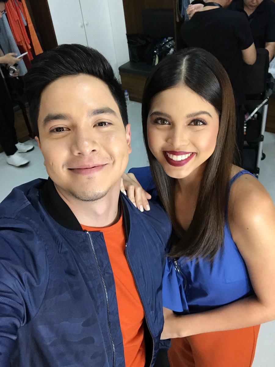 Good morning mga mahal ko @mainedcm and @aldenrichards02 have a great day ahead! May God bless you always. ❤ https://t.co/y8YZeVIVtw