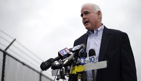 House Speaker Ryan ordersEthics Committee investigation after @nytimes reports midstate GOP Congressman Patrick Meehan used taxpayer money to settle a complaint that stemmed from his hostility toward a former aide who rejected his romantic overtures.  https://t.co/yt5ywe9r0K https://t.co/mhrJrKCO3i