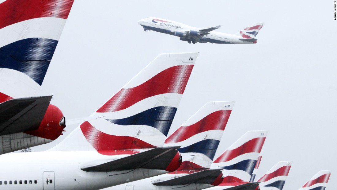 British Airways pilot taken off plane, suspected of being drunk https://t.co/yFh1gRDYp0 https://t.co/gnvyVKP3yk