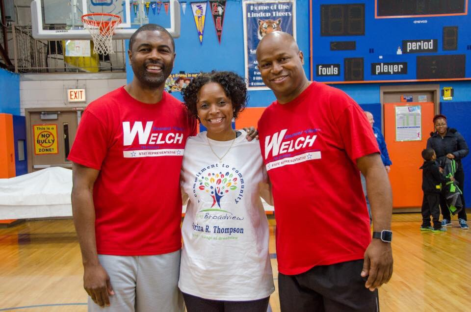 "test Twitter Media - Very successful New Year New Your Fitness Event with @justice4all44, Mayor Katrina Thompson, @getcoachmike, and @traps6_  at Lindop School in Broadview! ""Success does not come from what you do occasionally, it comes from what you do consistently!"" https://t.co/8Ng9Hqqtx0"
