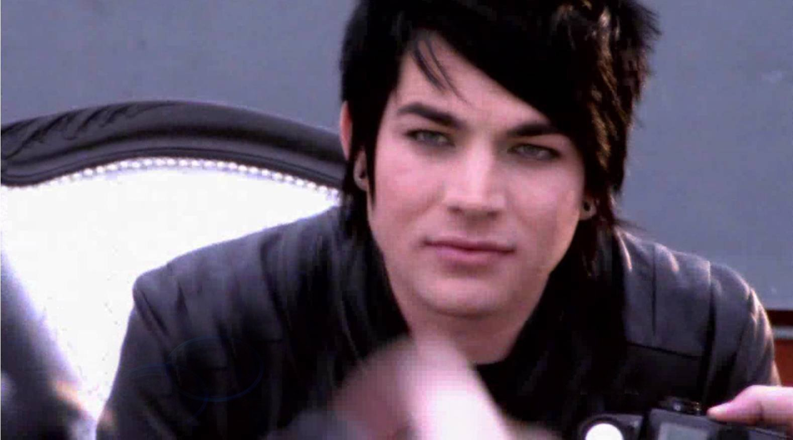 #Happy9thAnniversaryAdamLambert �� @adamlambert at one of many photoshoots while on @AmericanIdol... �� https://t.co/Z3e0oP7FeL