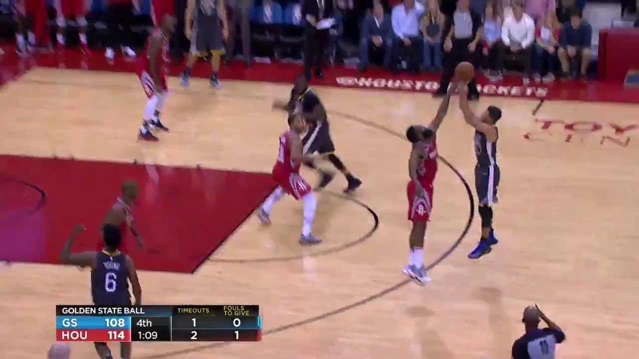 #JamesHarden with the timely block!  #Rockets  Tune in for the down to the wire action on #NBAonABC! https://t.co/WqTJ2lSGAg