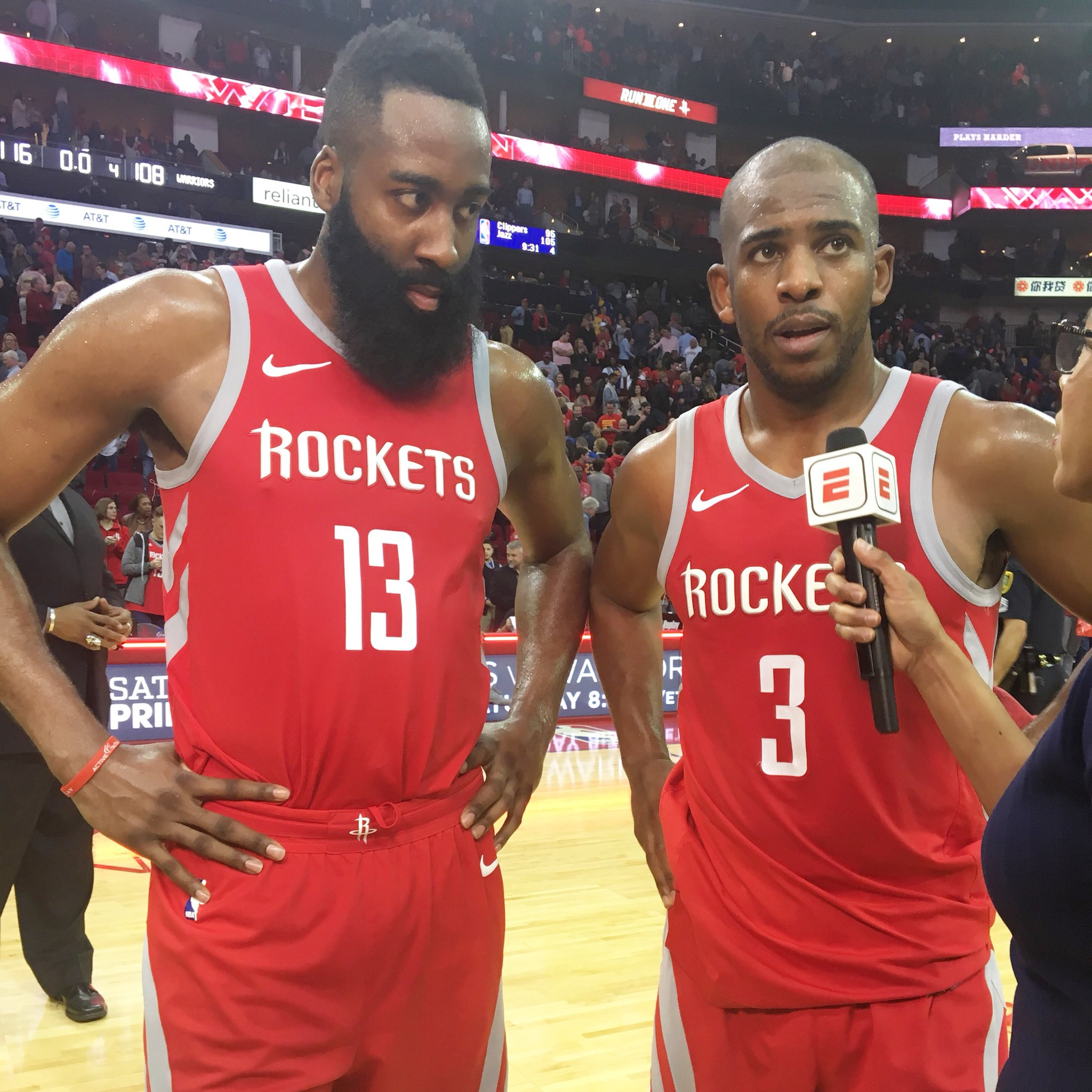 HOU's backcourt vs. GSW:  Harden - 22 PTS, 8 ASTS CP3 - 33 PTS, 11 REBS, 7 ASTS  #Rockets https://t.co/Q7LNUO7RWd