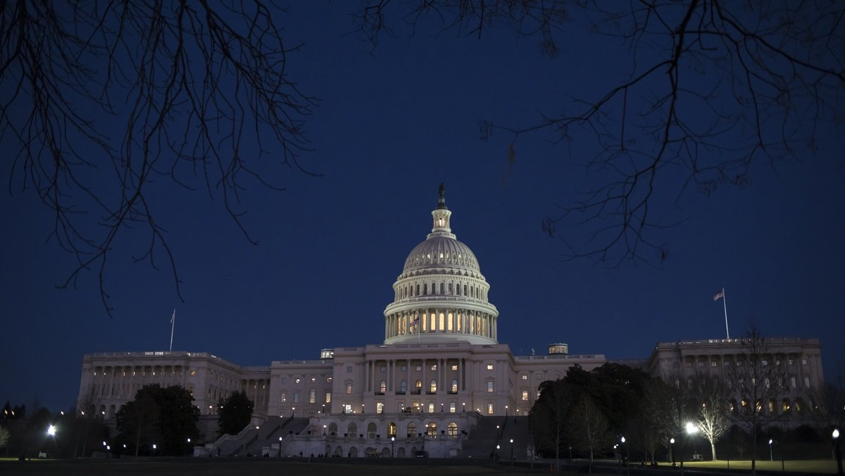 Members of Congress to donate pay during shutdown