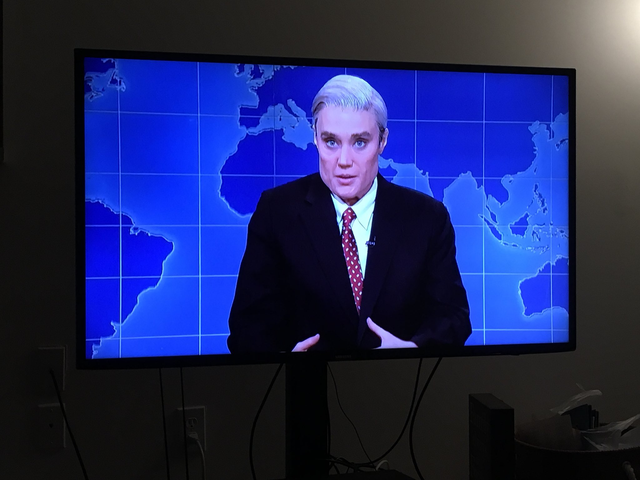 IS THERE ANYTHING KATE MCKINNON CAN'T DO? SHE'S GODDAMN ROBERT MUELLER! #SNL https://t.co/EqgUkoxS79