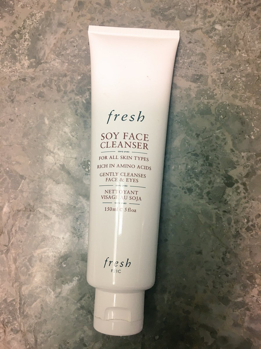 I also use this moisturising face wash from @FreshBeauty since the acne ones...