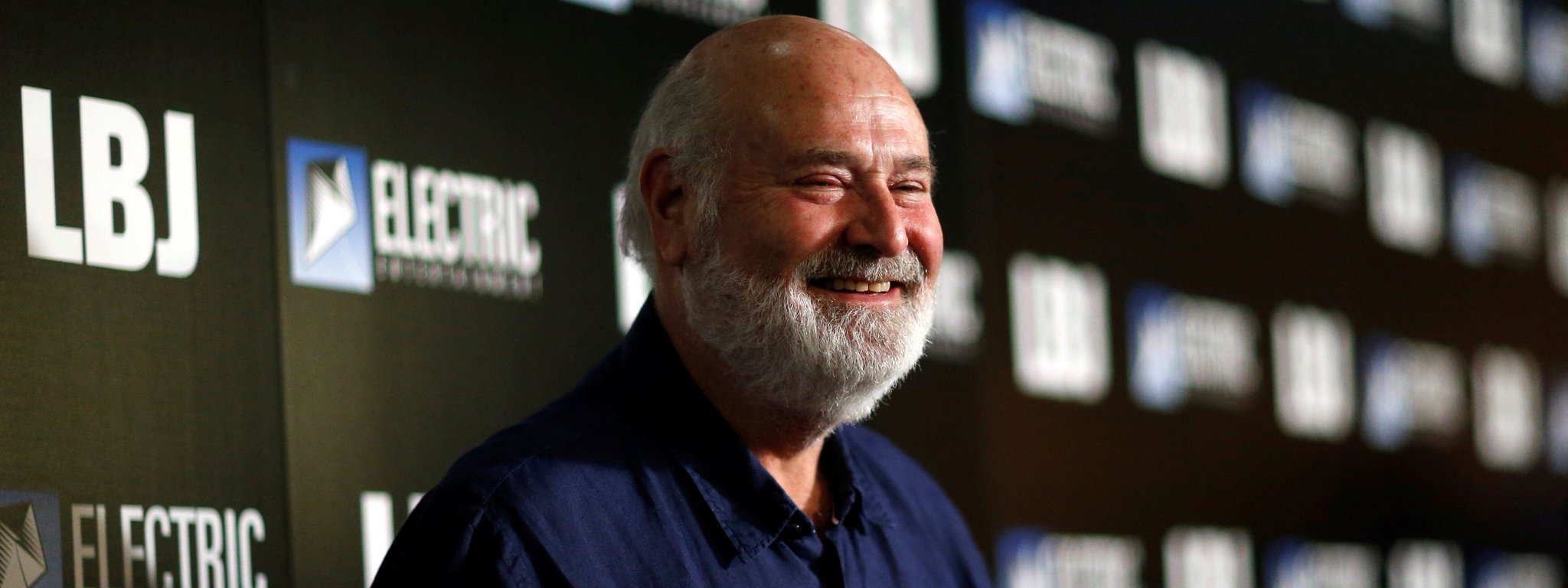 Rob Reiner Says Archie Bunker Was A 'Lovable Bigot' While Trump Is 'A Racist' [VIDEO] https://t.co/laI2cJDuJe https://t.co/kBoF6O5a7E